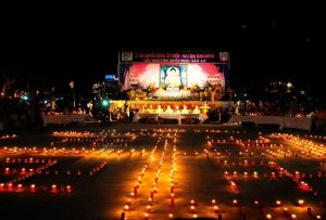 Lễ hội hoa đăng chùa Tây Thiên