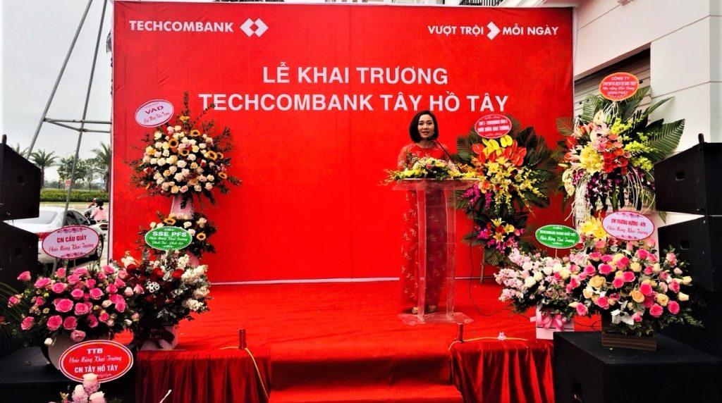 thi công backdrop ngoài trời tại Hà Nội /công ty sự kiện nguyễn an