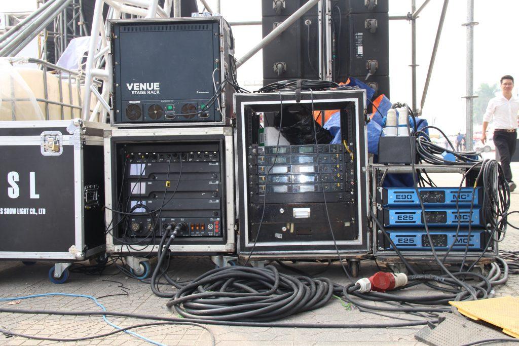 cho thuê âm thanh biểu diễn /công ty sự kiện nguyễn an