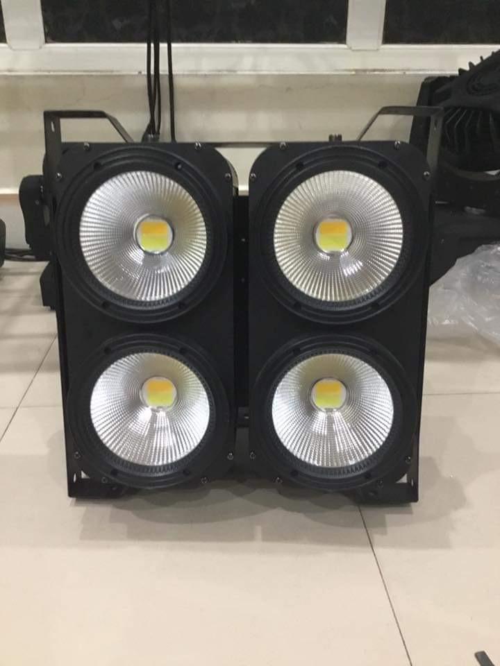 Bán đèn sân khấu tại Hải Dương , đèn blinder và các loại / sự kiện Nguyễn An