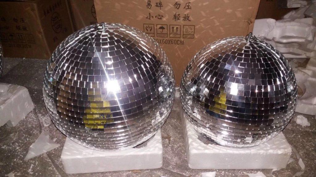 Bán đèn sân khấu tại Hải Dương , quả cầu gương / công ty sự kiện  Nguyễn An