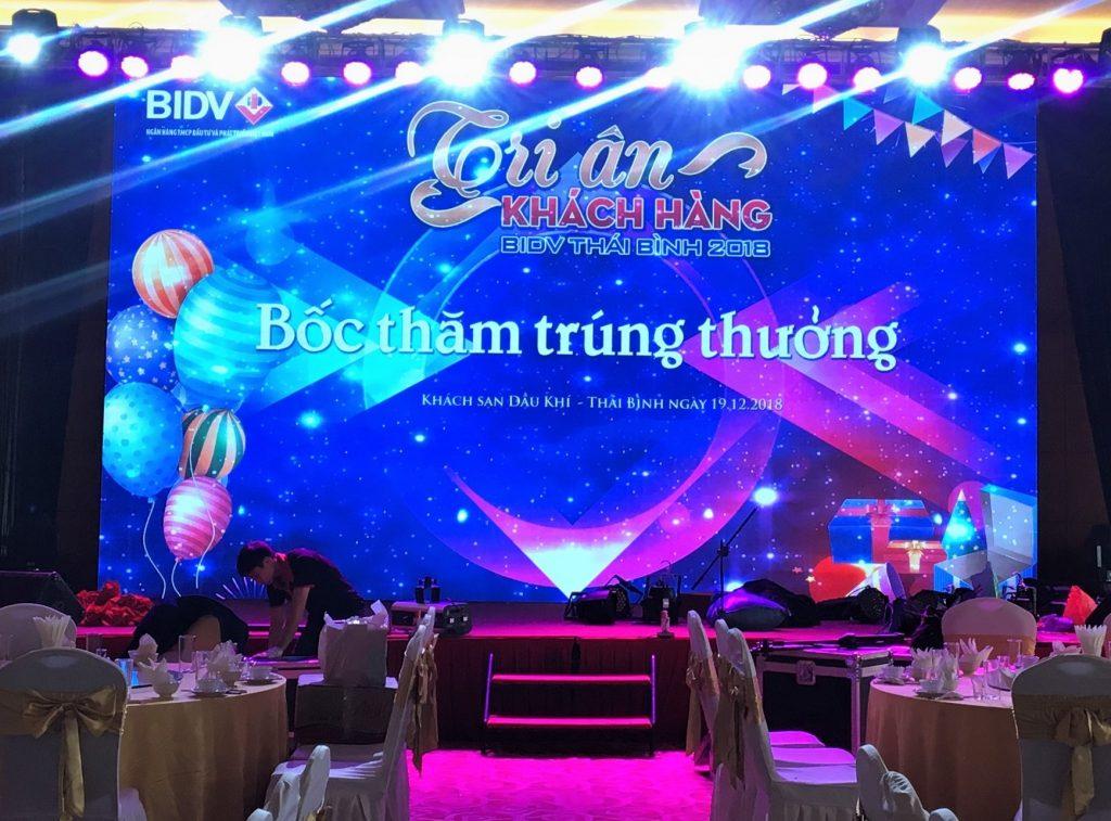 cho thuê màn hình led tại Nghệ An giá rẻ nhất / công ty sự kiện nguyễn an