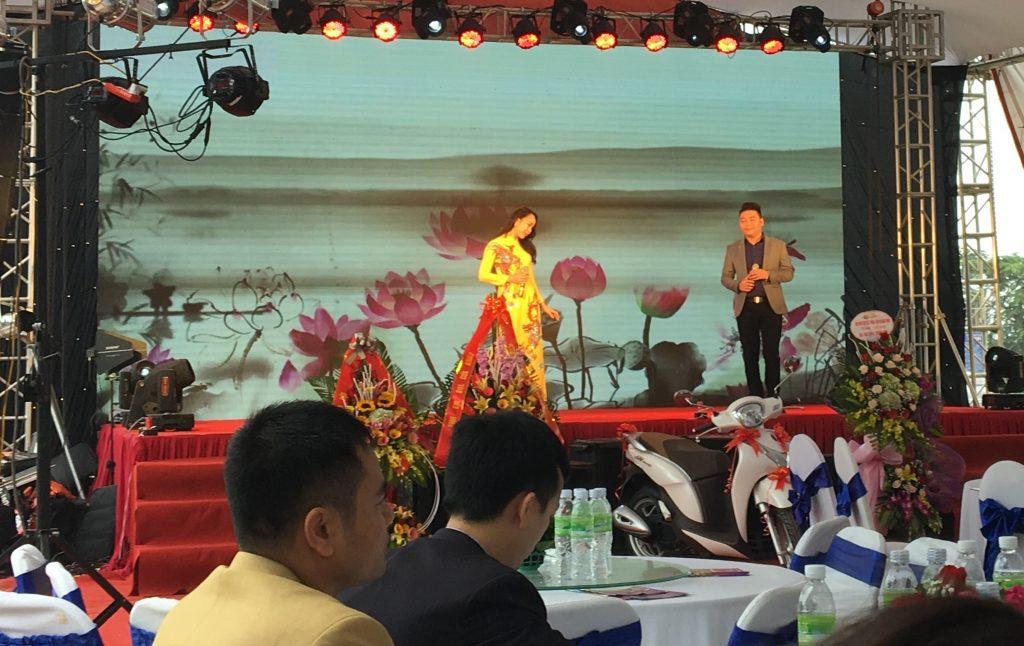 Cho thuê màn hình led tại Nghệ An 0976240826/ công ty tổ chức sự kiện nguyễn an .