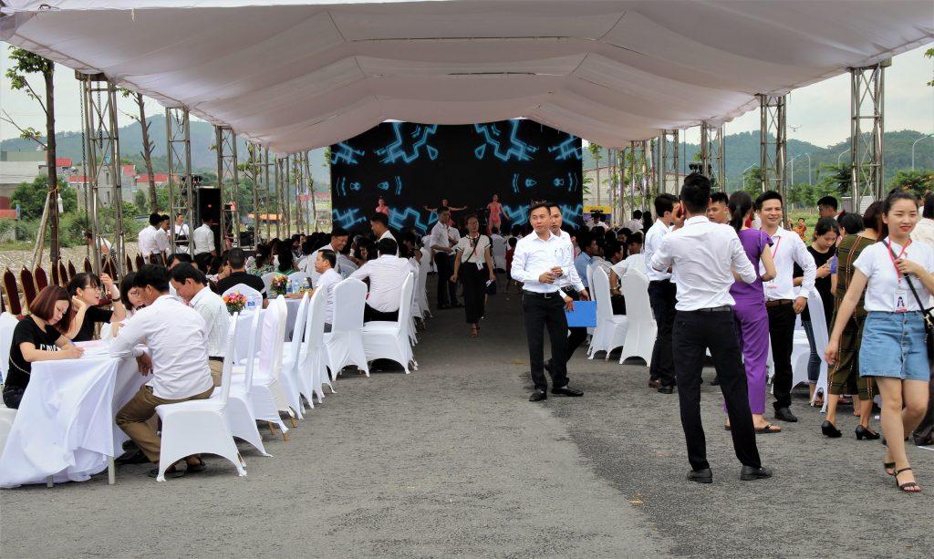 Cho thuê màn hình led tại SaPa thi công nhanh nhất /công ty sự kiện Nguyễn An